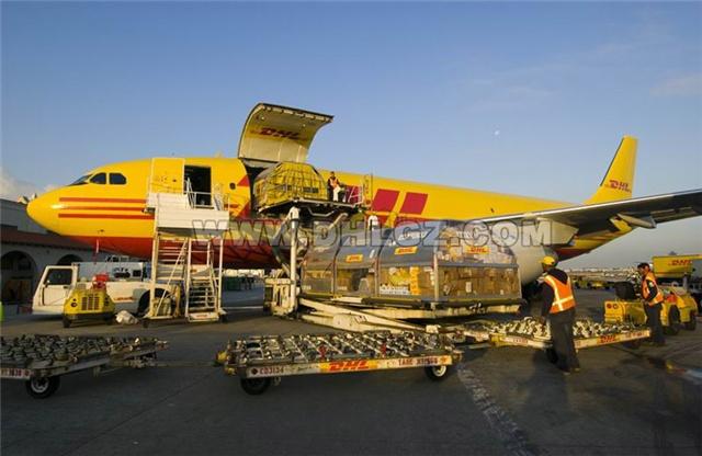 广西南宁DHL快递到美国,南宁邮寄物品到美国快递
