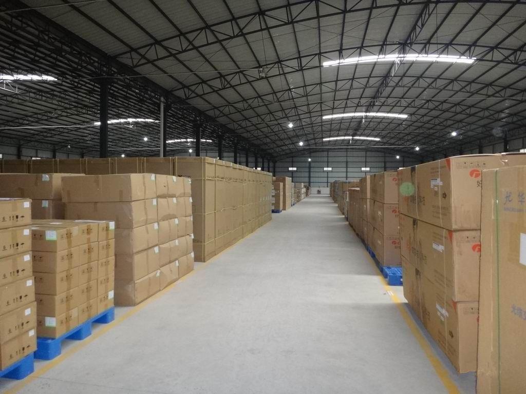 青岛胶州仓储仓库1700平出租,交通四通八达,地理位置优越