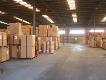 青岛商品仓储装卸娱乐世界配送中转分流包装加固